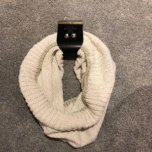MXIT cowl scarf